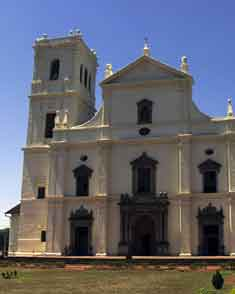 2.-Old-GoaSe_cathedral_goa